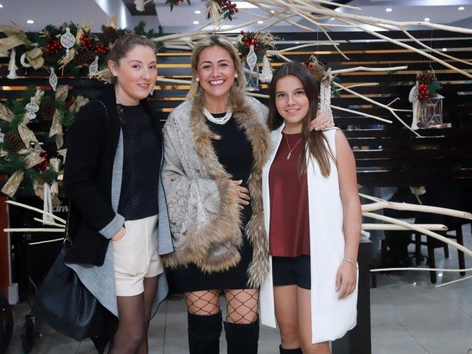 Roberta Alcocer, Alejandra Soberani y Renata Alcocer