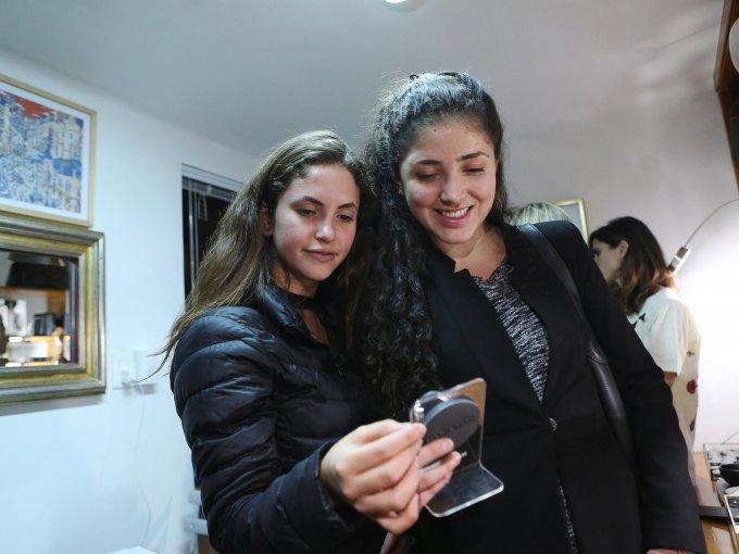 Nikki Kathain y Ana Vizcarra