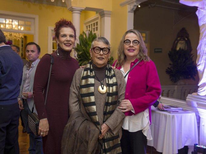 María Teresa, Carmen y Luz María Degollado