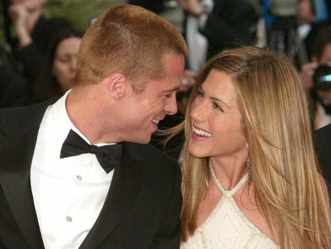 ¡Jennifer Aniston se reconcilia con Brad Pitt y conoce a sus hijos!