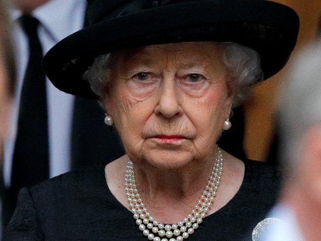 Muere 'amigo peludo' de la reina Isabel II
