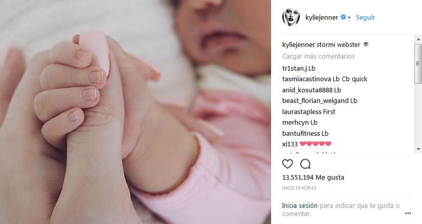 Kylie-Jenner-Stormi-Webster