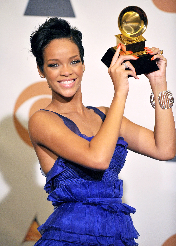 Rihanna-Grammy