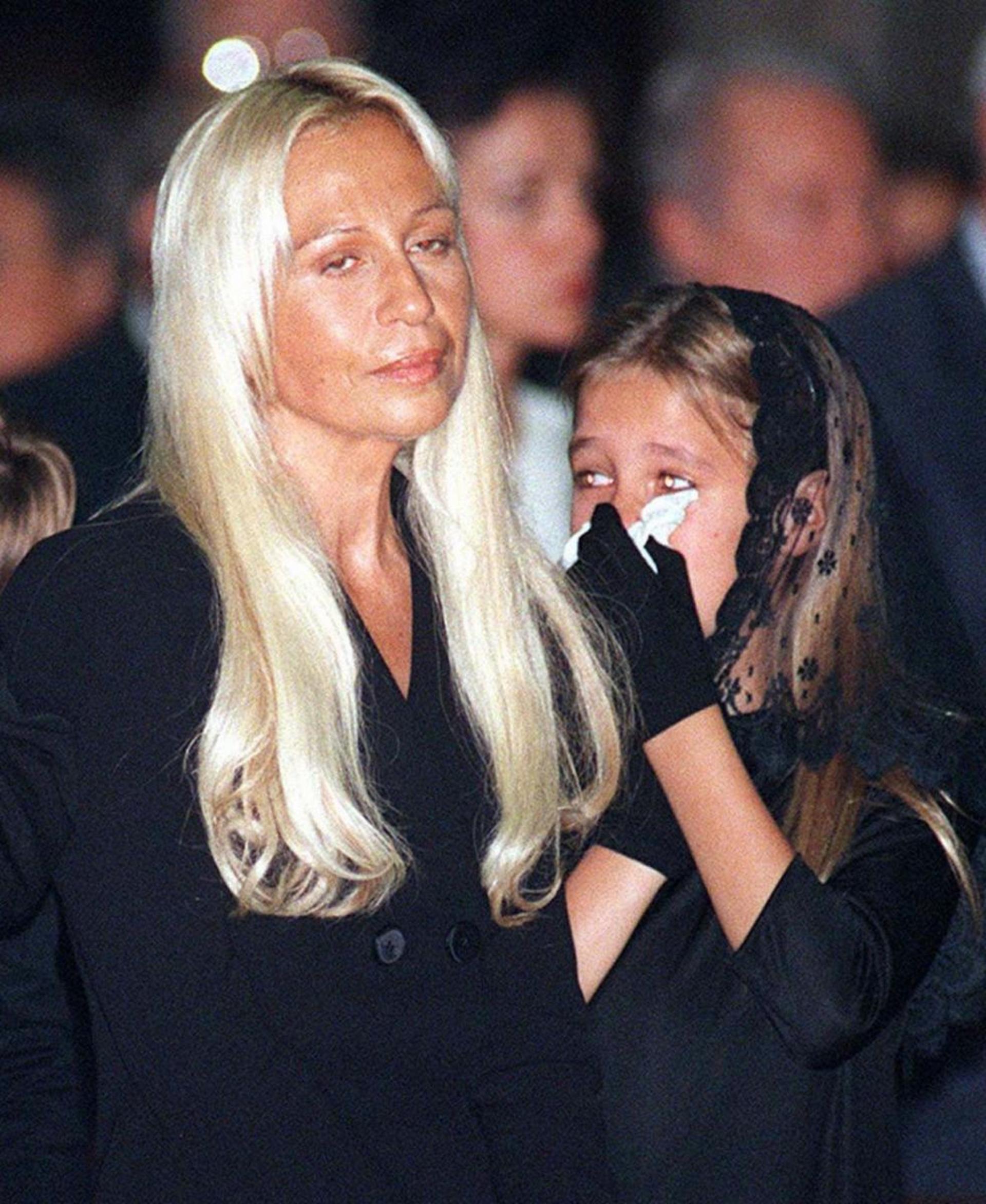 Biografia De Donatella Versace Of Qui N Es Allegra Versace Rsvponline