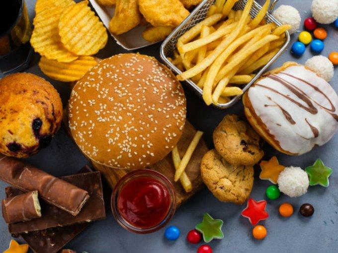 Para desintoxicarnos es importante no consumir grasas saturas, de lo contrario el organismo no se logrará desintoxicar.