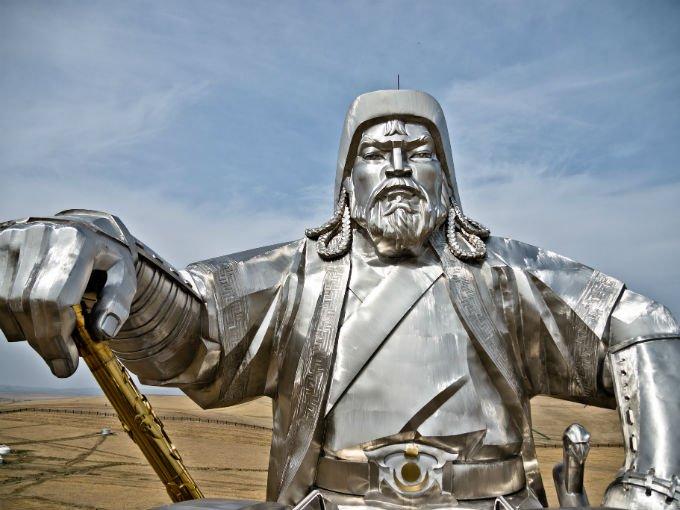 10.- Gengis Kan (1162-1227) fue un conquistador mogol. Controló el imperio contiguo más extenso de la Historia, lo que le dio el control sobre vastos territorios que se extendían desde Europa hasta China. Foto: Flickr marcofieber [CC BY-NC-ND 2.0]