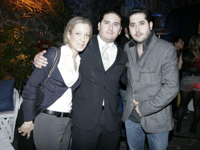 Ana y Eduardo Martínez Lanz con Juan Kuri