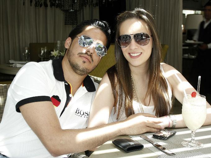 Luis Valdovinos y Sujey González