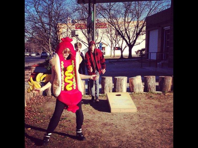 Cuando bailó disfrazada de hot-dog