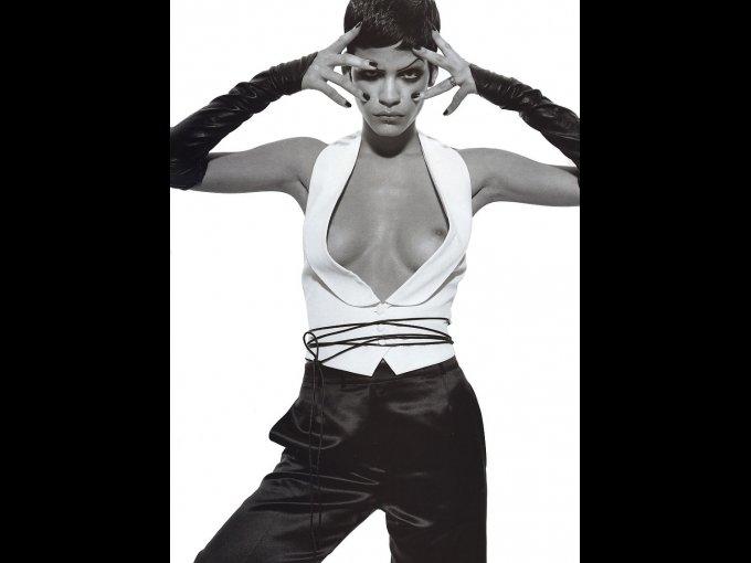 Omahyra Mota/ República Dominicana/ 30 años: la chica que fue musa de Jean Paul Gaultier, también ha aparecido en películas como 'X-Men y 'After The Sunset'.
