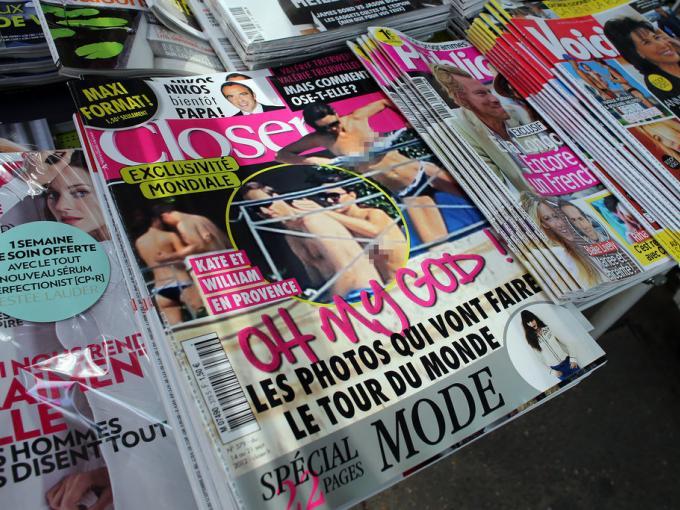 Después del escándalo de las fotos del Príncipe Harry, un tabloide francés publicó imágenes de la Duquesa de Cambridge quien vacacionó en topless con su esposo en la Riviera Francesa.