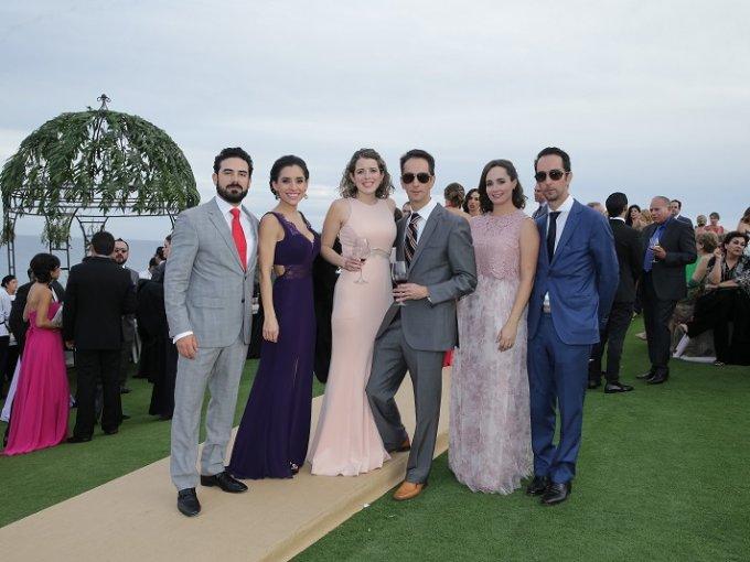 Armando Navarro, Yaritza García, Marieta Rubio , Andrés Lujan, Bosco Lujan y Deborah Sánchez