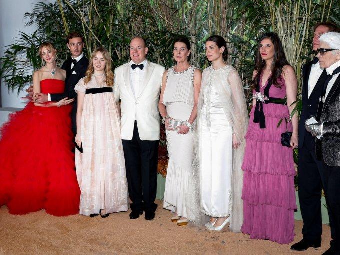 Carolina de Mónaco: asistente regular de Studio 54, y amiguísima de Karl Lagerfeld, la también Princesa de Hannover ha permanecido en la lista de royals mejor vestidas por varias décadas.