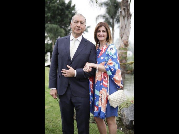 Miguel Espinoza y Carolina Pérez