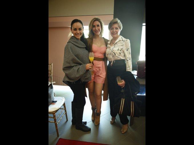 Perla Castillo, Paola Sierra y Magu Galindo