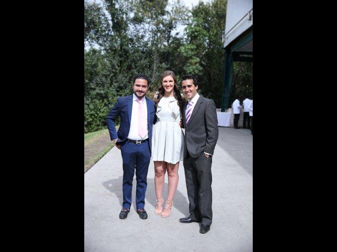 Javier Islas, María Camargo y Frank López