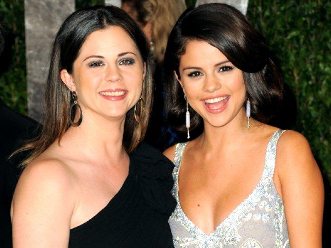 Selena Gomez y Mandy Cornett