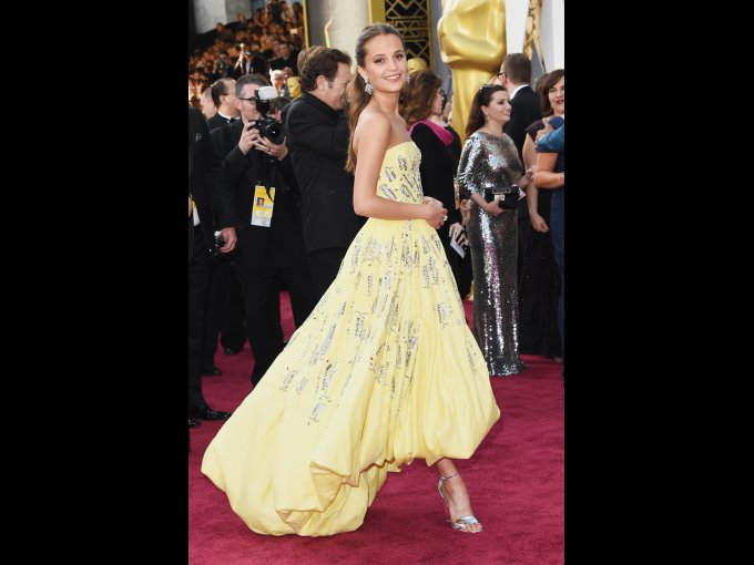 Alicia Vikander en Louis Vuitton