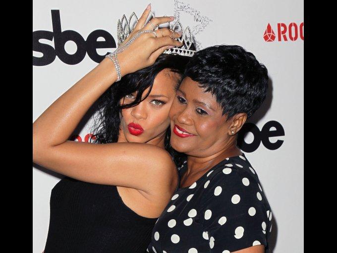 Rihanna  y Monica Braithwaite