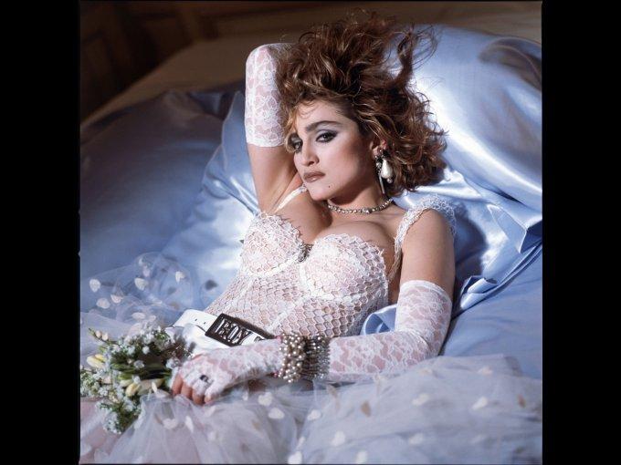 """6. """"Like a Virgin"""" de Madonna   No podíamos dejar de lado una clásica favorita."""