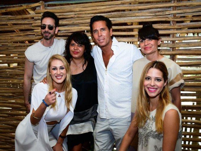 Macario Jiménez, Renata Franco, Roberto Palazuelos, Julia Franco, Rebeca Aguirre y Vero Díaz