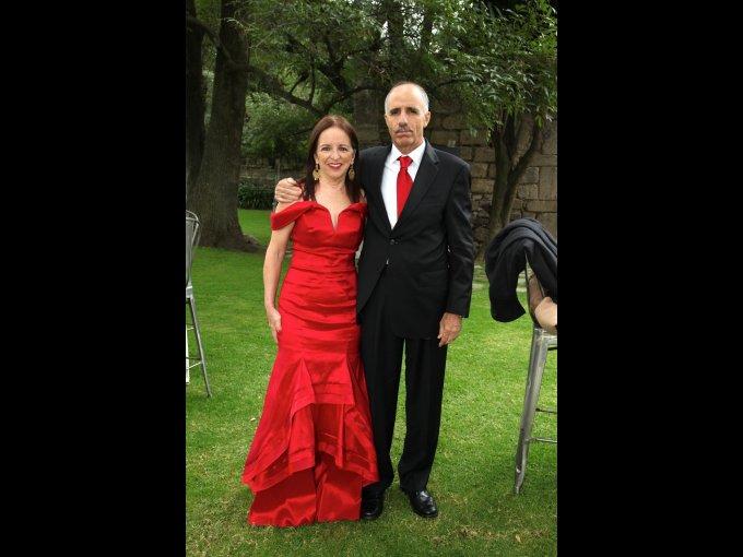 Teresa Castro y Rogelio Garza