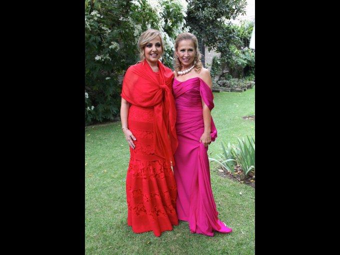 Pilar Cuevas e Yvonne Campos