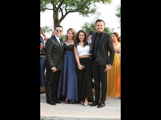 Carlos Cuevas, Andrea Tostado, Annie Bajos y Diego Cuevas