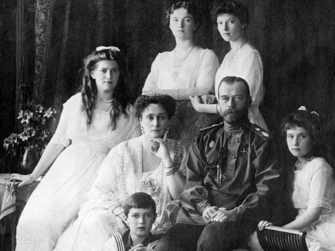 La historia de los Romanov está envuelta por grandes misterios, sus joyas han sido desaparecidas, exhibidas por museos o subastadas. Aquí algunas de las más bellas y famosas: