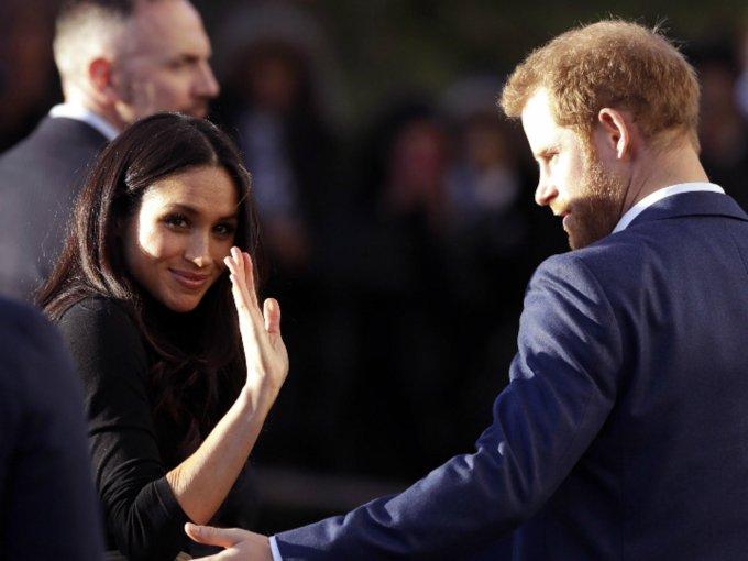 La actriz estadounidense y su prometido Harry visitaron la ciudad ingles de Nottingham. Esta es la primera cita oficial que tiene la pareja, y consistió en apoyar a la feria benéfica Terrance Higgins Trust World AIDS Da, que recauda fondos para la lucha contra el Sida.