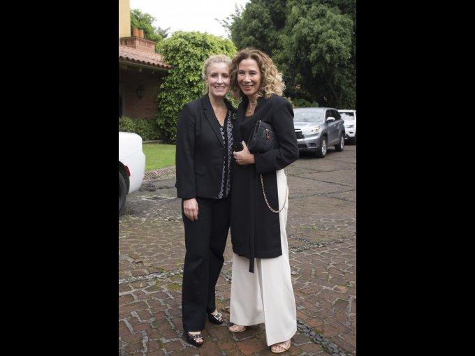 Lola Ávalos y Beatriz Calles
