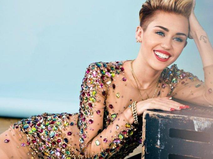 Miley Cyrus: En los últimos años la cantante se ha convertido en vegana, ahora piensa que comer carne es una actitud inhumana.