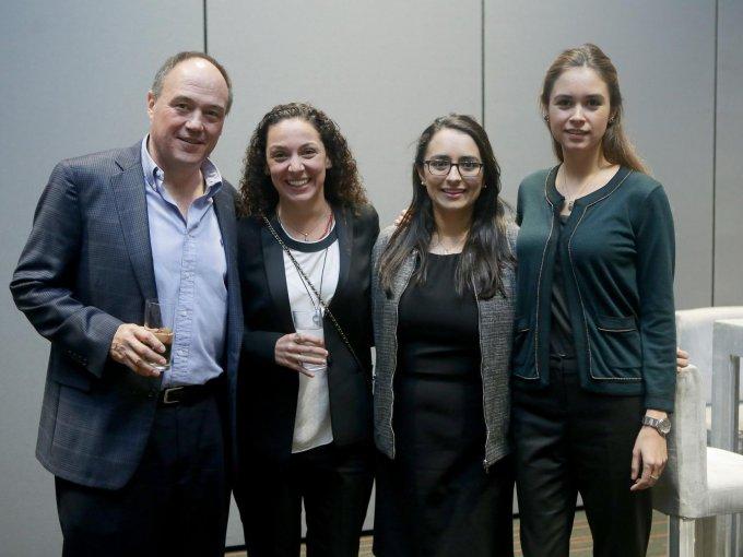 Armando Cruz, Mercedes Sáenz, Gabriela Rolón y Celina de la Garza