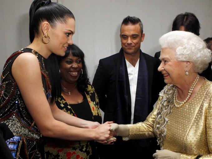 Jessie J y Robbie Williams