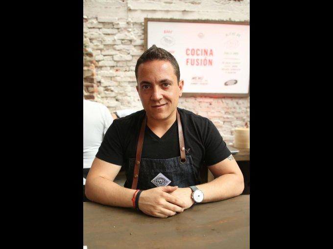 El chef Daniel Ovadía