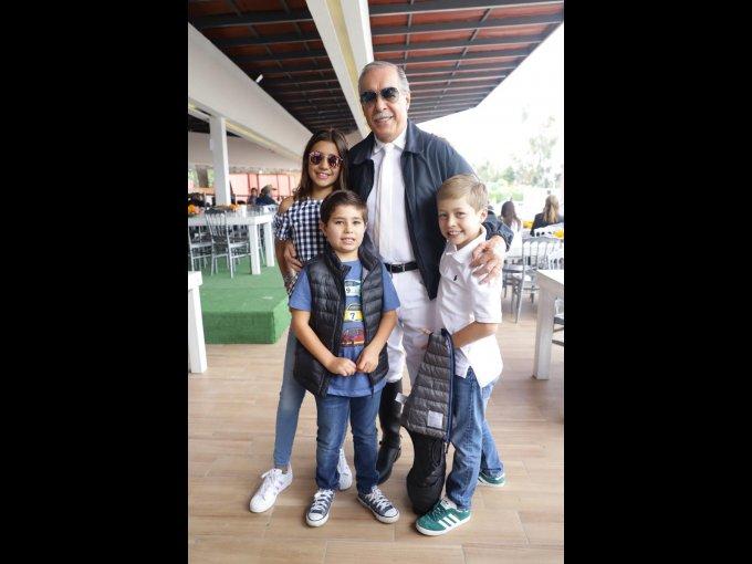 Karlota Peralta, Eduardo Peralta, Oscar Peralta y Gerardo Peralta