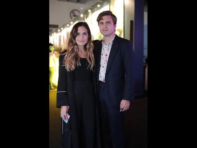 Patricia Gutiérrez y Moisés Cosío, quien recibió el premio a la Filantropía