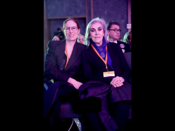 Alicia López Ostolaza y Niobe López Ostolaza