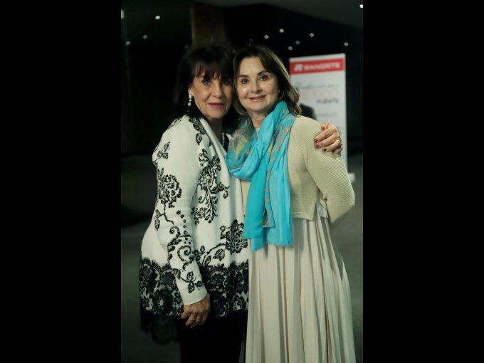 Angelita Salcedo y Adriana Pérez Romo
