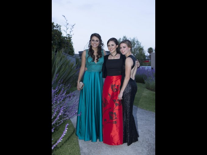 Alena Menschel, Elena Velasco y Anika Raimondo