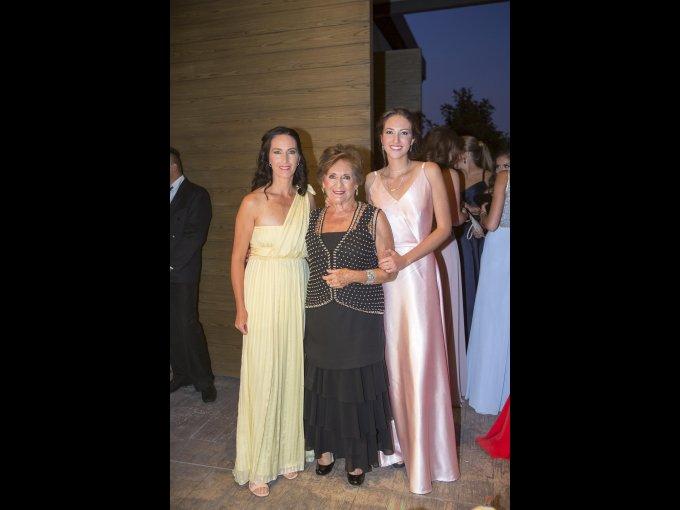 Alicia Fuentes, Alicia Helguera y Ana Fuentes