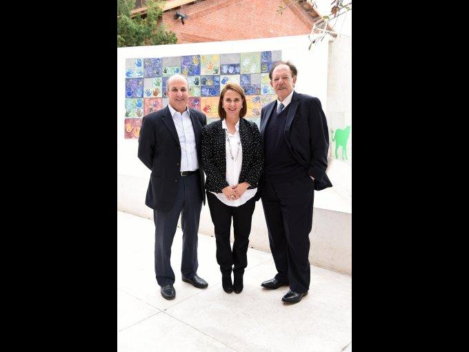 Artemio y Marcela Garza con Carlos Autrey