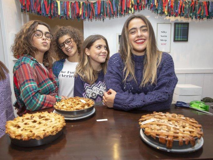 Julia Maqueo, Pamela Moreno, Nicole Gobera y Paty Maqueo