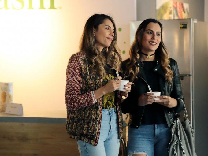 Stephie y Jennie Vargas