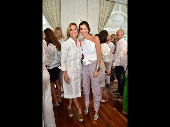 Renée Triay y Sandra Weil