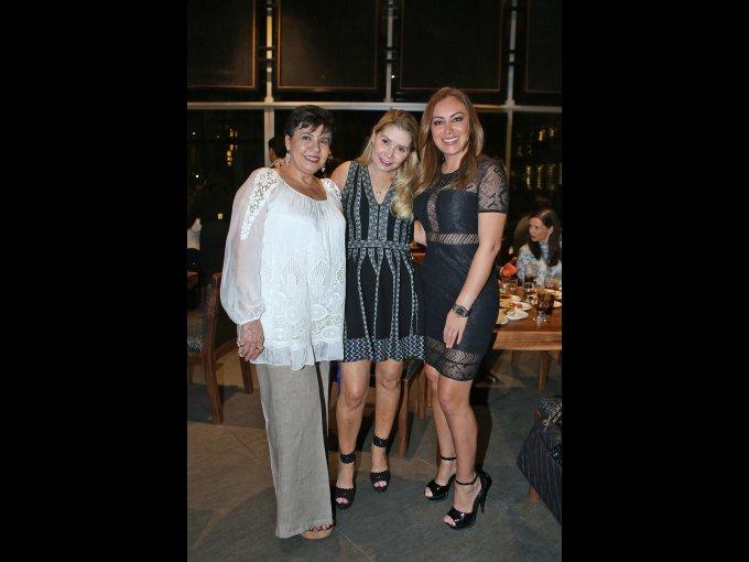 Lourdes Orraca, Doris Beckmann y Olga Villard