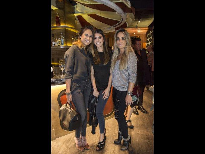 Cynthia Lara, Ale Sayavedra y Paula Arango