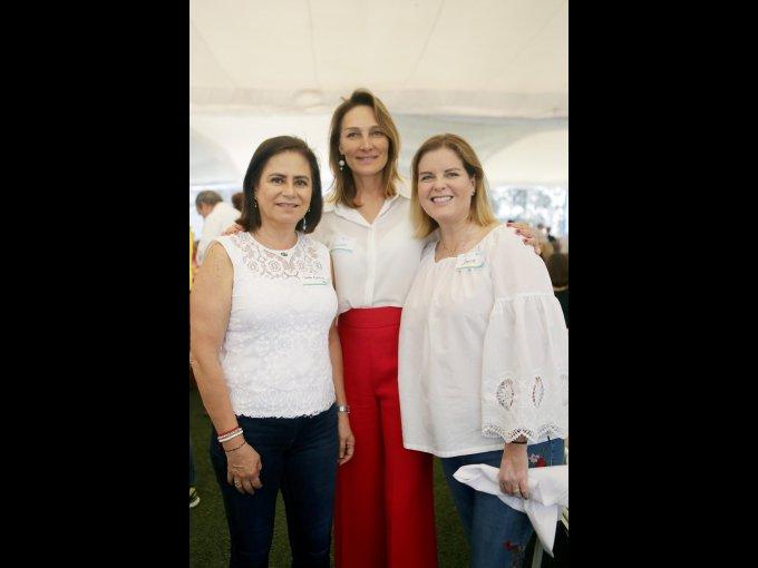 Martha Espinoza, Alejandra Alemán y Janine Schirmacher