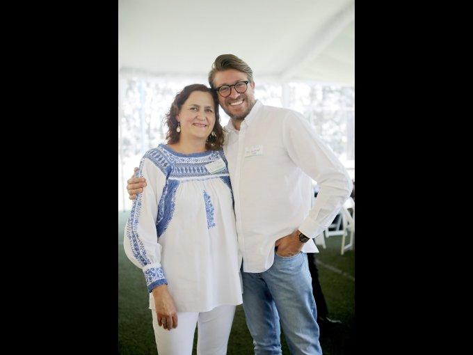 Leonor Rosenzweig y Tony Engel