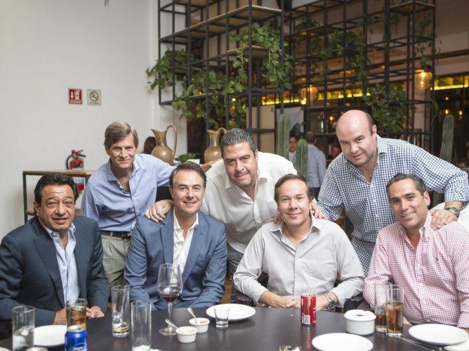 Jorge Salim, Ernesto Gómez Urrutia, Francisco Vilches, Víctor León, Miguel Ángel García, René Vega y José Ángel Sabater